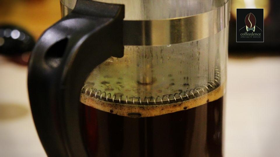 Παρασκευή καφέ με French Press